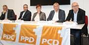 Protagonisten des Podiums: Stefan Geiges (CVP), Mathias Tschanen (SVP), Barbara Dätwyler (SP), Stefan Hanselmann (FDP) und August Keller (CVP). (Bild: PD)