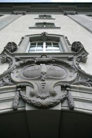 Der Eingang zum St.Galler Regierungsgebäude. (Bild: Ralph Ribi)