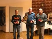 Das Podest der diesjährigen Jahresmeisterschaft: Daniel Schmucki (zweiter) , Hans Brunner (erster), Ivo Schmucki (dritter).