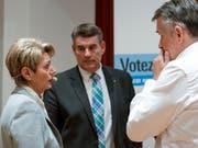 Alle drei FDP-Bundesratskandidaten sind einen Schritt weiter. (Bild: KEYSTONE/GEORGIOS KEFALAS)