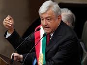 Im Amt vereidigt: der neue mexikanische Präsident Andrés Manuel López Obrador. (Bild: KEYSTONE/AP/MARCO UGARTE)