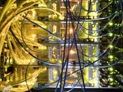 Dringender Handlungsbedarf: Das Weltwirtschaftsforum WEF sieht die digitale Welt vor einer Vertrauenskrise. (Bild: KEYSTONE/GAETAN BALLY)