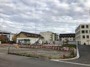Die Visiere zeigen es: An der Tafelackerstrasse entsteht ein Neubau. Die Existenz der «Alti Gerbi» bedroht dieser aber nicht. (Bild: Andrea Häusler)