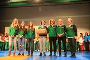 Das Gymnastik-Kleinfeld-Team vom TV Buchs wurde an der Versammlung für seinen Schweizer-Meister-Titel geehrt. (Bild: Robert Kucera)
