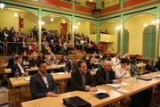 Heute entscheidet das Stadtparlament über eine Senkung des Steuerfusses. (Bild: PD)