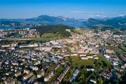 Luftaufnahme von Kriens Süd mit dem Mattenhof, dem Schweighof und dem Nidfeld. (Bild: Luzerner Zeitung (Kriens, 29. Juli 2018))