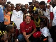 Roger Federer besucht sein Hilfsprojekt in Äthiopien. (Bild: PD/Roger Federer Foundation via Getty (Kore Roba, 12. Februar 2010))