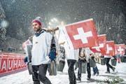 Schweizer Fans sorgen an der Titlis-Schanze für Stimmung. (Bild: Philipp Schmidli (Engelberg, 16. Dezember 2017))