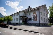 Schule und Gemeindeverwaltung von Seedorf und Bauen sind bereits heute zusammengelegt. (Bild: Corinne Glanzmann, Seedorf, 5. Juni 2018)