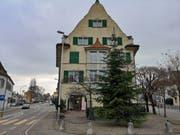 Die Hirschenpost an der Hauptstrasse. (Bild: Martina Eggenberger Lenz)