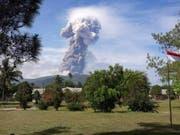 Der Vulkan Soputan auf der indonesischen Ferieninsel Sulawesi war zuletzt Anfang Oktober ausgebrochen. (Bild: KEYSTONE/EPA BNPB/BNPB / HANDOUT)