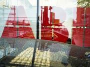 Umbau der Konzernstruktur: ABB verkauft seine grösste Sparte an den japanischen Konzern Hitachi. (Bild: KEYSTONE/ENNIO LEANZA)
