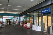 Die beiden Filialen von Interdiscount und Lumimart in der «Breite» wurden vor acht Monaten eröffnet. (Bild: Miranda Diggelmann)