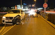 Bei der Kollision verletzten sich beide Fahrer. (Bild: Luzerner Polizei)