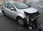 Auch dieses Auto wurde arg in Mitleidenschaft gezogen. (Bild: Luzerner Polizei)