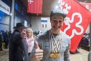 Der fünffache Ski-Alpin-Junioren-Weltmeister Marco Odermatt beim Empfang in seiner Heimatgemeinde Buochs im Kanton Nidwalden. (Bild: Urs Flüeler/Keystone (Buochs, 11. Februar 2018))