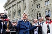 Bundesrätin Karin Keller-Sutter nach ihrer Wahl. (Bild: Keystone/ Alexandra Wey)