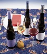 Sieht aus wie Wein, ist aber kein Wein, sondern exklusiver Fruchtsaft. (Bild: Ralph Ribi)