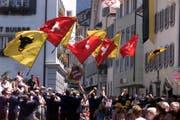 2001 fand das Jodlerfest zum letzten Mal in Altdorf statt. (Bild: Urner Zeitung, 24. Juni 2001)