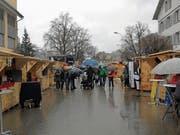 Trotz des garstigen Wetters: Die Verantwortlichen sind mit der ersten RockXmas zufrieden. (Bild: Ruben Schönenberger)