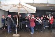 Der Musikverein Uzwil-Henau brachte mit seiner Bläsergruppe Freude in die Dörfer. (Bild: Kathrin Meier-Gross)