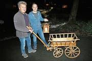Samichläuse haben neuen Leiterwagen (Bild: Hildegard Bickel)