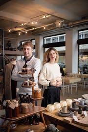 Frische Kräfte gegen das Ladensterben: Marcio Ferreira und Melanie Diem haben einen Verein gegründet, um Zwischennutzungen zu ermöglichen. (Bild: Ralph Ribi)
