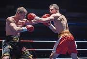 Zino Meuli (rechts) hält seinen Rivalen Josef Zahradnik auf Distanz und gewinnt erneut. (Bild: Reto Martin)