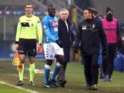 Napoli-Trainer Ancelotti und sein ausgeschlossener Abwehrchef: «Beim nächsten Mal verlassen wir das Spielfeld» (Bild: KEYSTONE/EPA ANSA/MATTEO BAZZI)
