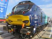 Stadlers Eurodual-Lokomotive, die als Vorbild dient der nun georderten zehn trimodalen Lokomotiven für die britische Rail Operations. (Bild: PD)