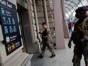 Der Bahnhof in Strassburg wurde aufgrund einer Bombendrohung am Donnerstag geräumt. (Bild: KEYSTONE/AP/CHRISTOPHE ENA)