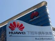 Expansion: Der chinesische Technologieriese Huawei erwartet für das noch laufende Geschäftsjahr eine weitere Umsatzsteigerung. (Bild: KEYSTONE/AP/ANDY WONG)