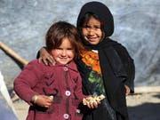 Afghanistan ist eines der Länder, in dem laut Unicef Kinder Gewalt und Hunger ausgesetzt sind. (Bild: KEYSTONE/EPA/MUHAMMAD SADIQ)