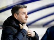 Trainer Serge Pelletier baute mit La Chaux-de-Fonds den Vorsprung als Leader der Swiss League aus (Bild: KEYSTONE/JEAN-CHRISTOPHE BOTT)