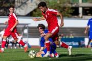 Ist im Februar geboren: U19-Nationalspieler Ruben Del Campo (vorne). (Bild: Pascal Muller/Freshfocus (Basel, 13. Oktober 2018))