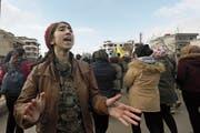 Syrische Kurden demonstrieren im Norden des Landes gegen die drohende türkische Invasion. (Bild: D. Souleiman/AFP (Qamischli, 28. Dezember 2018))