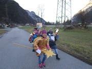 Die Sternsinger unterwegs in Erstfeld. (Bild: PD)