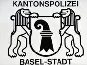 Auf einer Polizeiwache in Basel ist am Samstagmorgen ein Mann nach einer Festnahme zusammengebrochen und verstorben. (Bild: KEYSTONE/GEORGIOS KEFALAS)