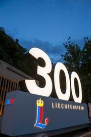 Schriftzug, 300 Jahre Fürstentum Liechtenstein. (Bild: Paul J. Trummer)