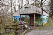 So soll es nicht mehr aussehen: Das Haus Roter Ziegel, das unter anderem von der Pfadi Wil genutzt wird. (Bild: Nicola Ryser)
