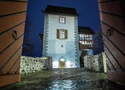 In der Burg Zug soll in uralter Zeit eine habgierige Adlige aus dem Hause Pfullendorf geherrscht haben.