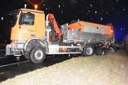 Der beschädigte Salzlastwagen.