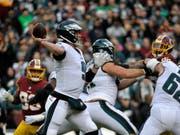 Nick Foles führte die Philadelphia Eagles wieder in die Playoffs liess sich gegen die Washington Redskins aber im letzten Viertel auswechseln (Bild: KEYSTONE/FR170908 AP/MARK TENALLY)