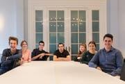 Das Gruppenfoto haben diese Mediamatik-Lernenden gemacht (von links): Joel Burger, Julia Baumgartner, Dominique Schürch, Jan Peter, Lara Bichsel, Michelle Berger, Yannic Doutaz. Bild: Bundeskanzlei
