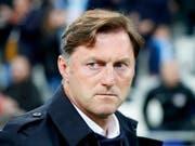 Erster österreichischer Trainer in der englischen Premier League: Ralph Hasenhüttl (Bild: KEYSTONE/EPA/GUILLAUME HORCAJUELO)