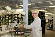 Sandra Roth, Präsidentin BPW Ob-Nidwalden, bei der Arbeit im Showroom. (Bild: Patricia Helfenstein-Burch)
