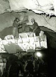 Bauarbeiter im Arlbergtunnel. (Bild: Asfinag)
