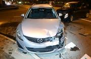 Ein anderes beschädigtes Auto. (Bild: PD/Luzerner Polizei)