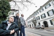 Philip Höpli, Felix Wiedersheim und Thomas Högger schielen auf einen Platz im Gemeinderat. (Bilder: Donato Caspari)