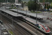 Der Bahnhof Flüelen bleibt ein wichtiger Umsteigepunkt. (Bild: Elias Bricker)